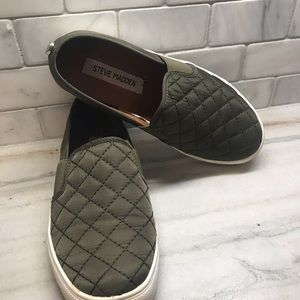 Sneakers by Steve Madden